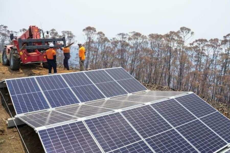 Мільярдер закупив сонячних панелей на 12 мільйонів доларів