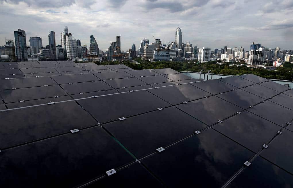 Совокупная выработка электроэнергии от всех солнечных батарей Великобритании 20 апреля достигла показателя 9,68 ГВт