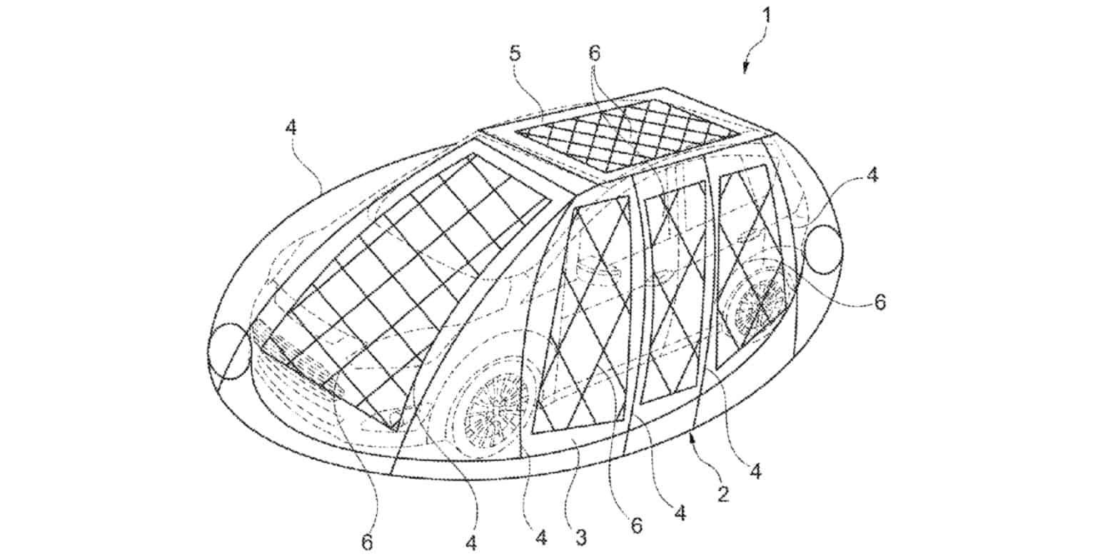 У складеному вигляді гнучкий щит, покритий сонячними панелями, розташовується на даху авто