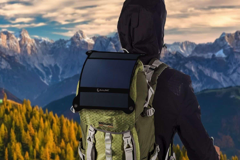 Последняя разработка компании, солнечная батарея SunnyBag Leaf Pro, состоит из 80 миниатюрных фотоэлементов, обладает мощностью 7,5 Вт и эффективностью 22,4%